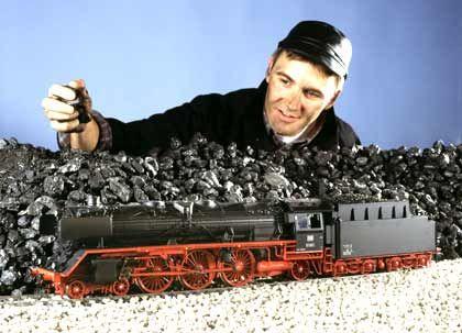 Gewaltig: Dampflokomotive
