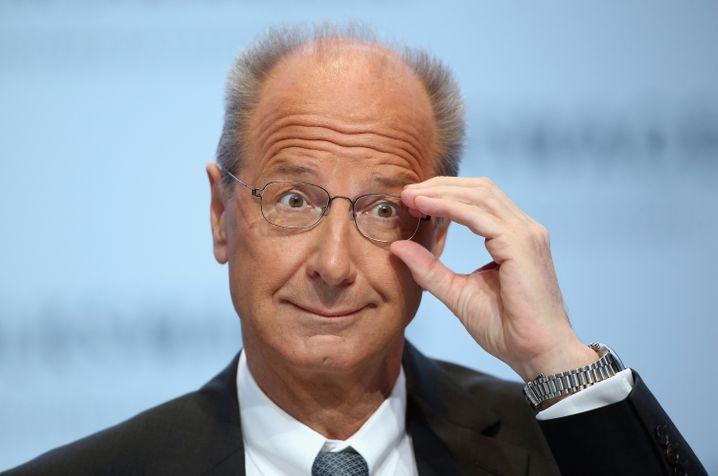 Hans Dieter Poetsch: Der VW-Finanzchef soll in Kürze in den Aufsichtsrat gewählt werden, um VW-Patriarch Ferdinand Piech als Chefkontrolleur zu beerben. Zumindest die Unterstützung der Familien Porsche und Piech hat er