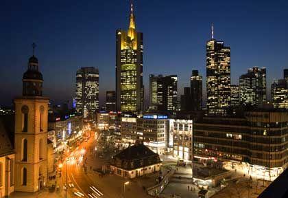 Skyline von Frankfurt am Main: Lehman Brothers ist Teil der Finanzgemeinde