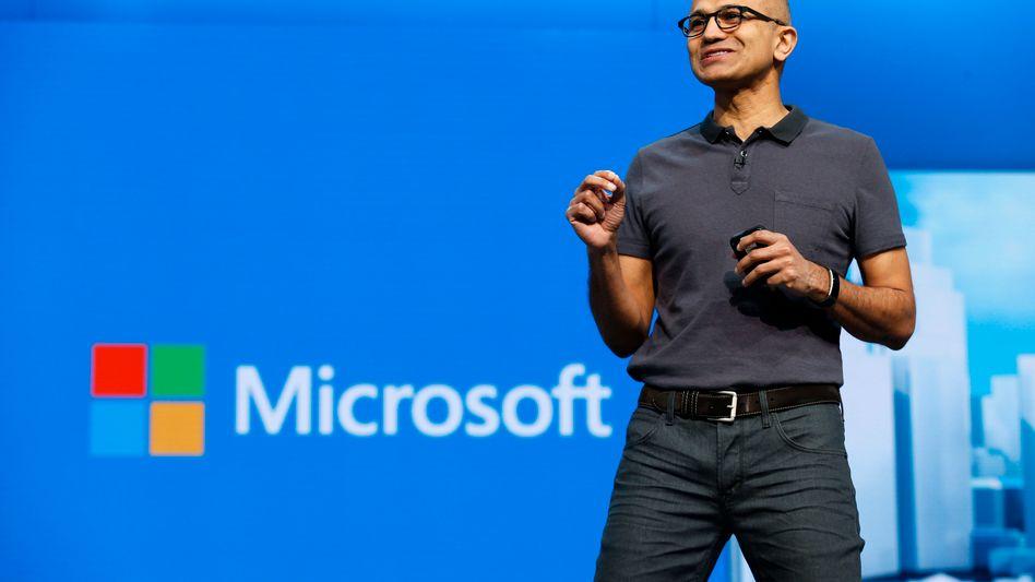 Microsoft-Chef Satya Nadella: Der Microsoft-Chef will der internationalen Business-Community künftig alles fürs professionelle Leben aus einer Hand liefern