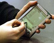 Mini-Computer Palm Pilot: Damit gehen die Wahlkämpfer von Haus zu Haus