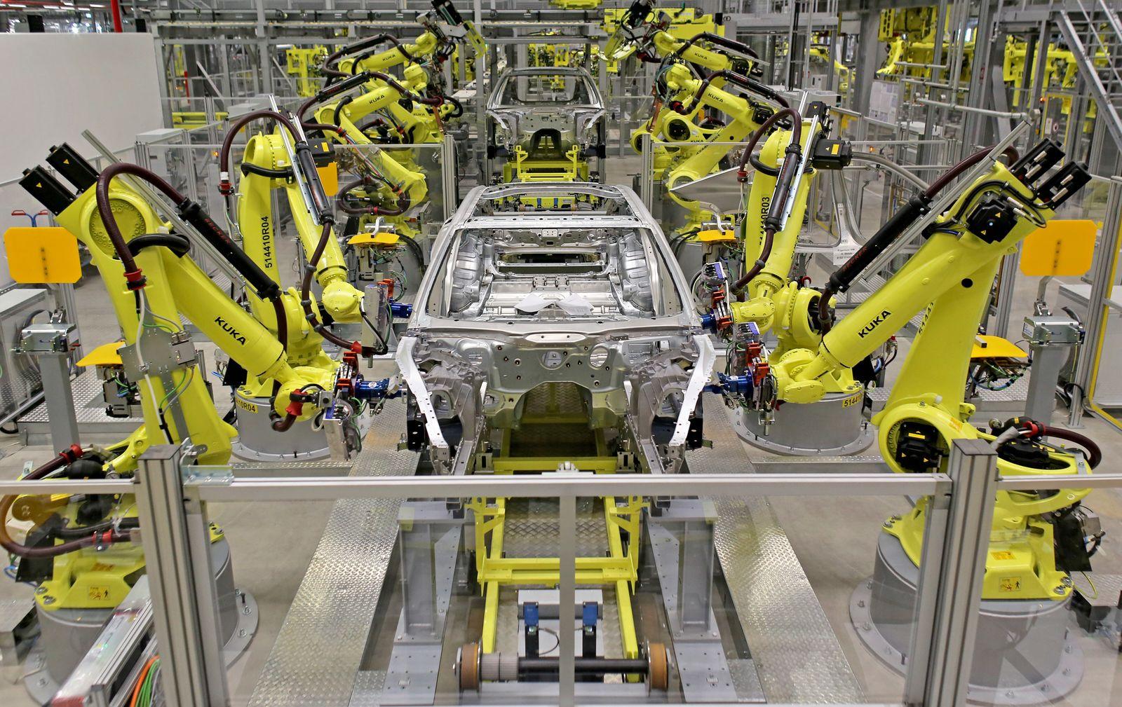 Automatisierung / Roboter / Fabrik