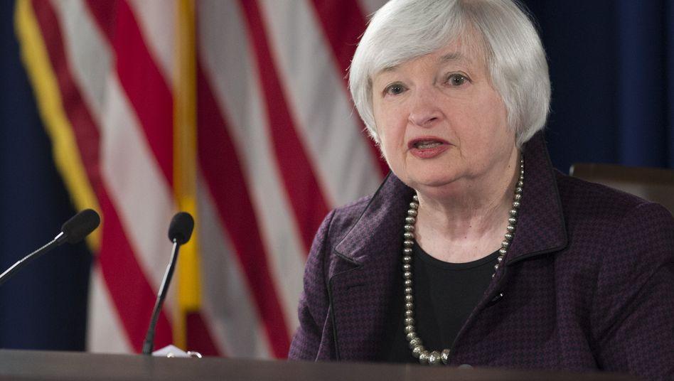 """Fed-Chefin Janet Yellen: Eine Zinserhöhung bereits bei der nächsten Sitzung im April ist """"unwahrscheinlich"""""""