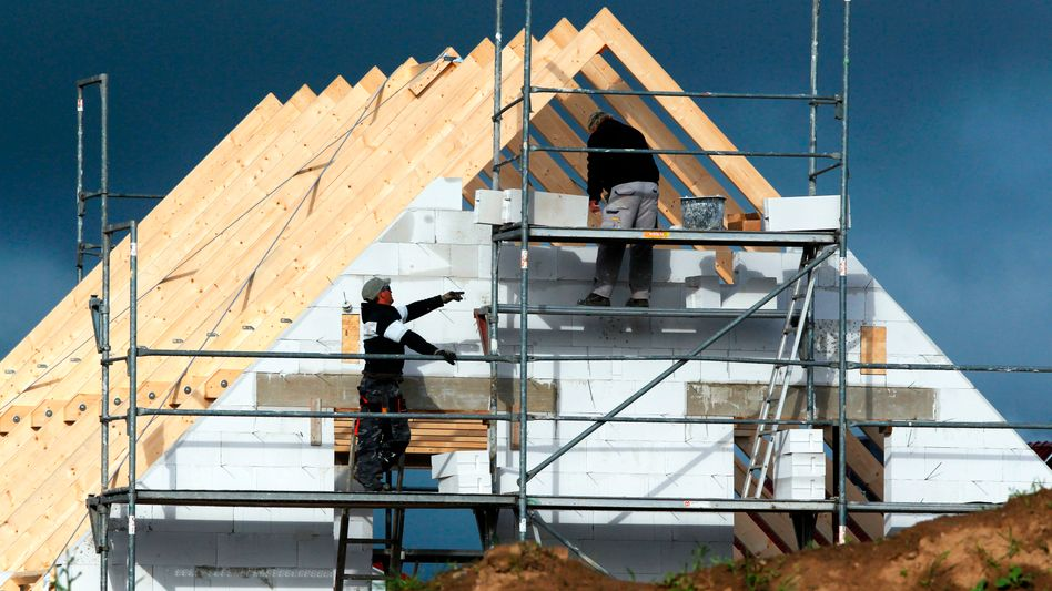 """Hausbau: """"Preissteigerungen von über 30 Prozent, beim Stahl teilweise von bis zu 100 Prozent"""""""