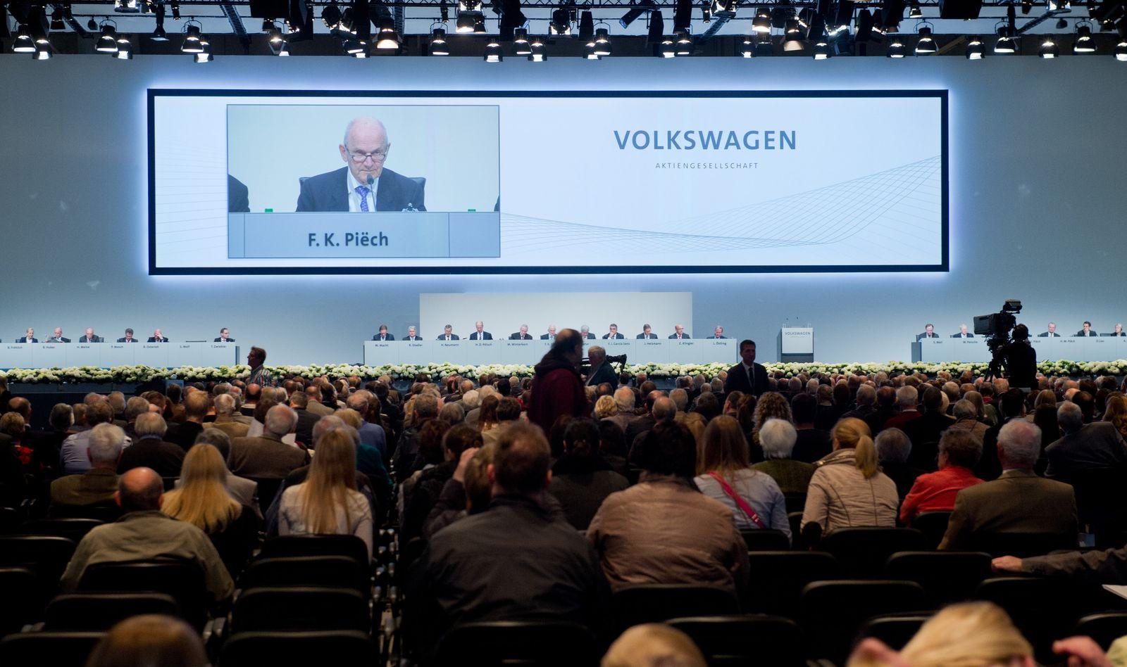 Hauptversammlung VW / Piech