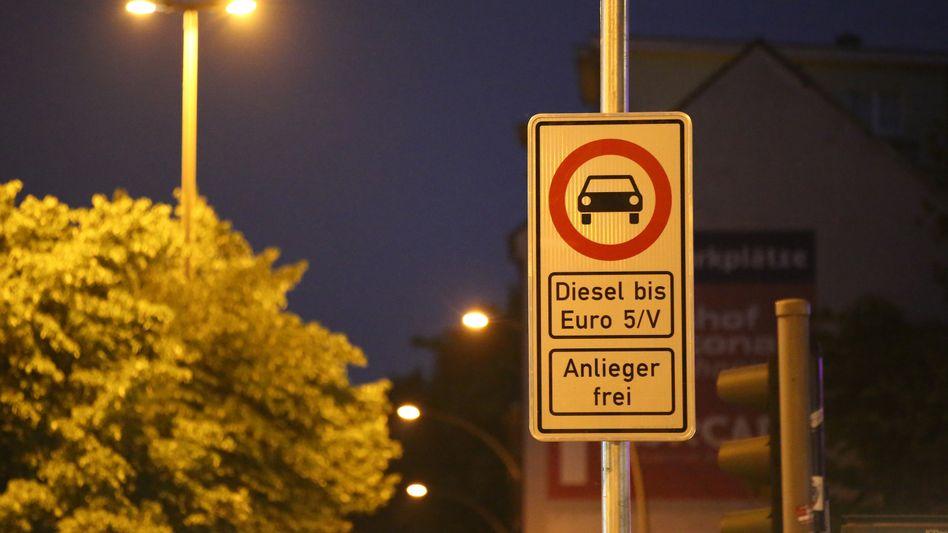 Fahrverbotsschild in Hamburg