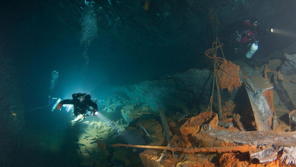 Tauchrevier Bergwerk: Ab durch den Stollen