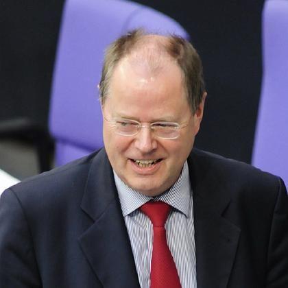 Finanzminister Steinbrück: Ist die Schuldenbremse nun verbindlich oder flexibel?