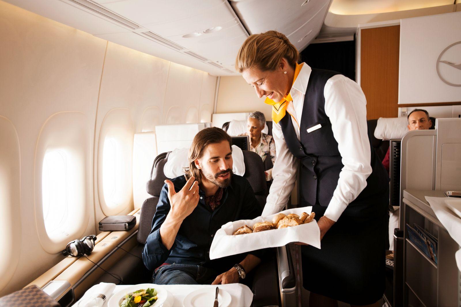 Lufthansa / First Class/ Flugzeugsitz
