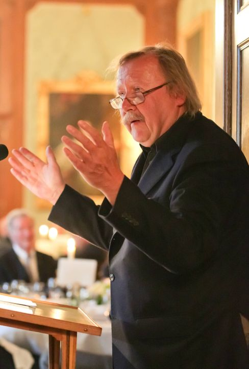 Philosoph Peter Sloterdijk bei seiner Laudatio auf Götz Werner