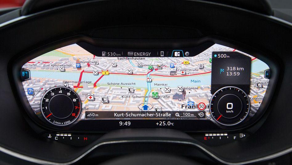 Cockpit-Anzeige im neuen Audi TT: Audi will seine Autos künftig mit integriertem Smartphone-Betriebssystem anbieten - wahlweise mit Googles Android und Apples iOS