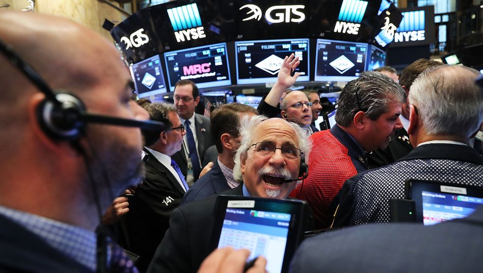 Besorgte Gesichter an der Börse: Die jüngsten Verluste machen Anleger nervös
