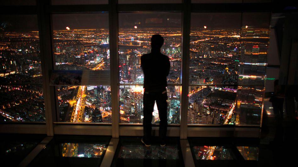 Skyline von Shanghai: Für 2012 rechnet die Weltbank mit einer Konjunkturabkühlung in Ostasien