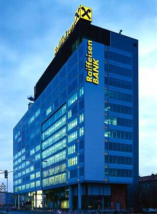 Raiffeisen übernimmt 100 Prozent: Die Impexbank ist überwiegend im Privatkundengeschäft aktiv