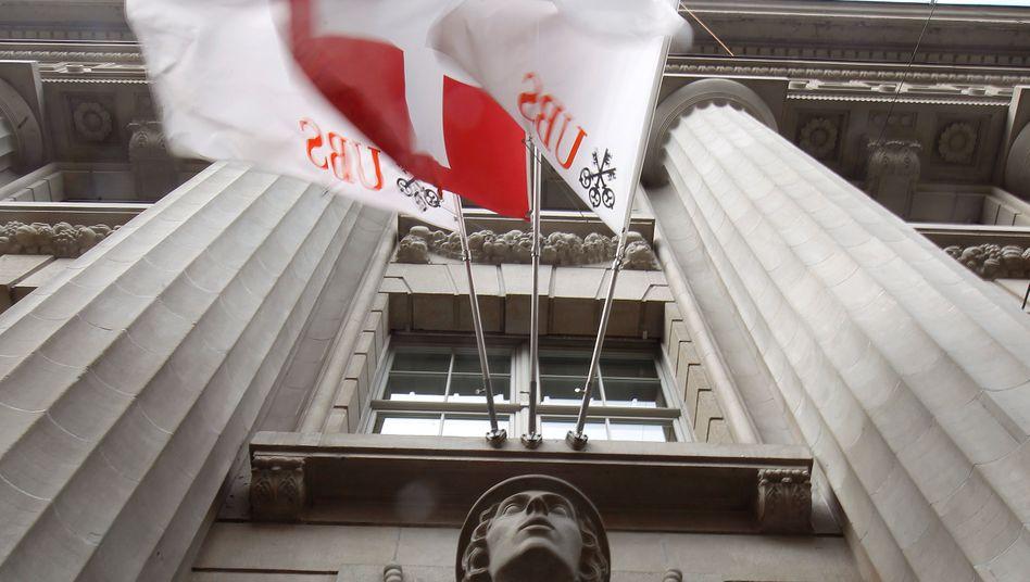 UBS-Filiale in Zürich: Die Bank will die verbleibenden Immobilien verkaufen und den Erlös halbjährlich an Anleger auszahlen