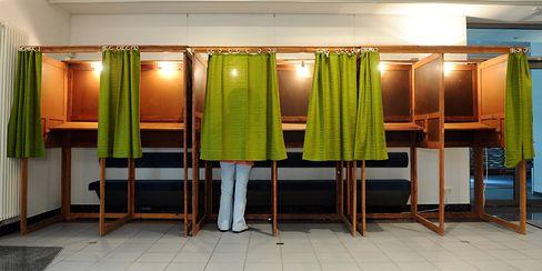 Historisch niedrige Wahlbeteiligung: 42,5 Prozent der Deutschen gingen wählen