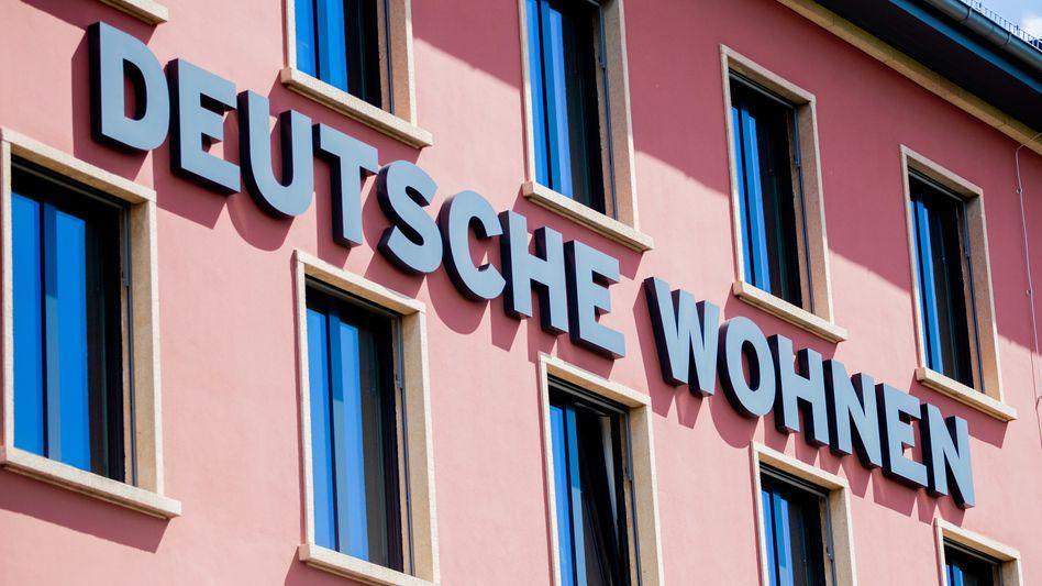 Einer weniger: Mit dem Verkauf von Deutsche Wohnen an Vonovia wird aus zwei Dax-Konzernen ohne Arbeitnehmerbank einer
