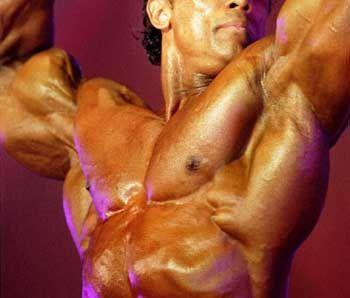 Männer-Wellness im herkömmlichen Sinn: Bodybuilding