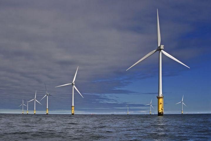 Raus aufs Meer: RWE und Eon investieren verstärkt in Offshore-Windparks wie in diese Anlage vor der Küste von Wales
