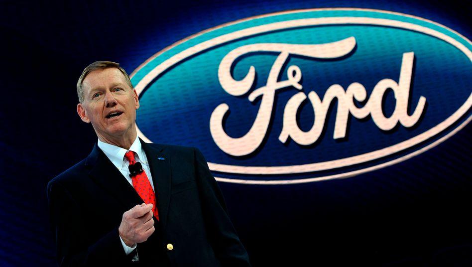 Ford-Chef Alan Mulally sorgte mit einer Rosskur und mutigen Entscheidungen für ein Comback der US-Autoikone - und gefährdet nun VWs Wachstumspläne in den USA