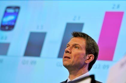 Telekom-Chef Obermann: Die Wachstumsschwäche der T-Mobile USA belastet momentan den gesamten Konzern