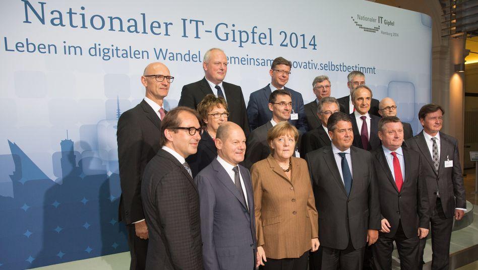 Großaufgebot: Beim diesjährigen IT-Gipfel gab es von allen Seiten überraschend viele Eingeständnisse.