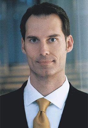 Christian Schaaf hat 19 Jahre im Polizeidienst gearbeitet, unter anderem beim Kommissariat für Wirtschaftskriminalität. Der Verwaltungswirt ist heute Geschäftsführer der Sicherheitsberatung Corporate Trust in München