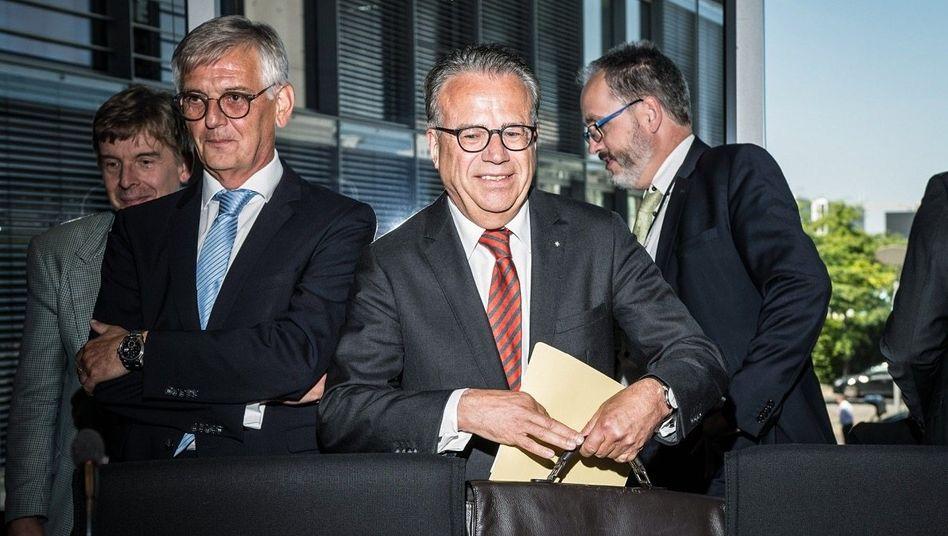 Erster Bevollmächtiger: Frank-Jürgen Weise war schon fast alles, jetzt wird er auch noch Finanzinvestor