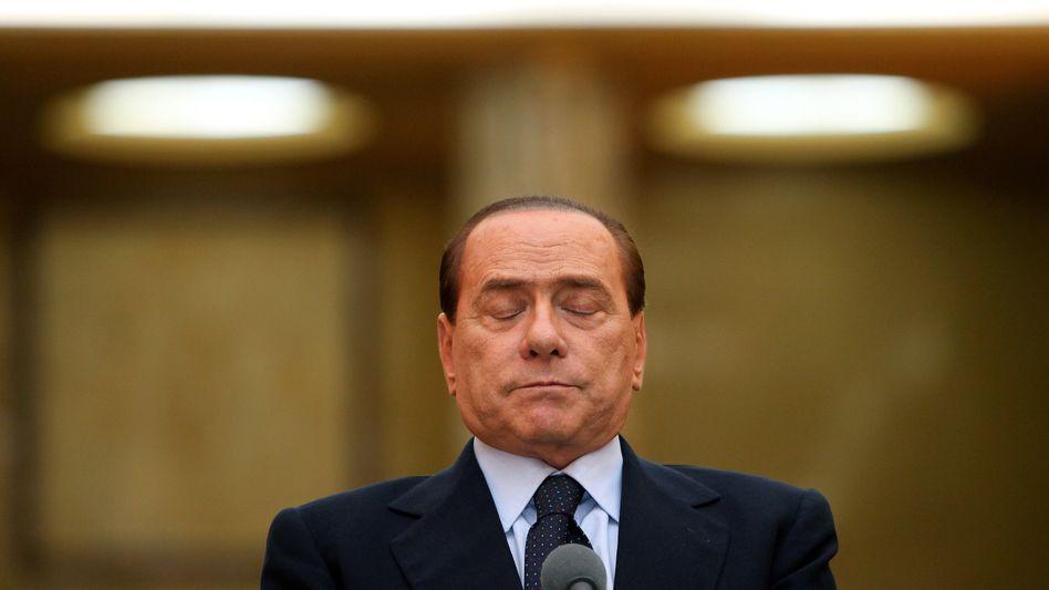 Nach tagelangem Schweigen meldet sich italiens Premierminister Berlusconi zurück - und will nun das umstrittene Sparpaket schnell durchpeitschen