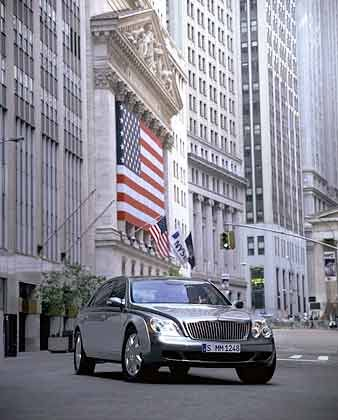 """Maybach vor der New Yorker Börse: """"DaimlerChrysler ist für eine feindliche Übernahme zu teuer"""""""