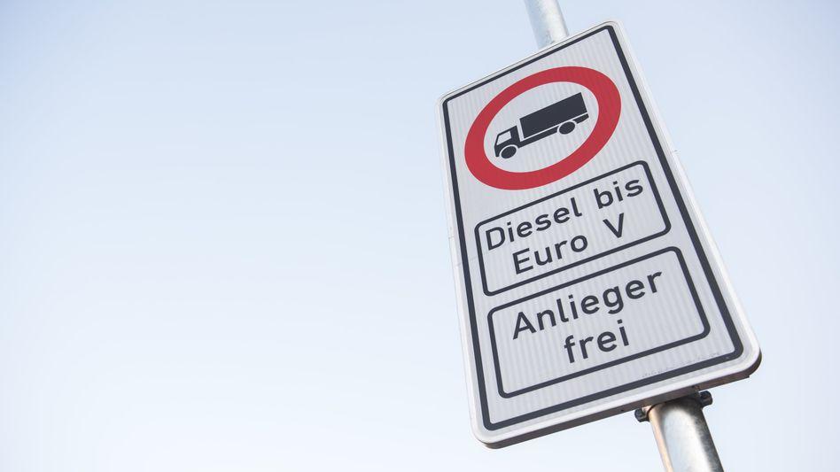 Fahrverbote für Diesel-Autos: Nach Hamburg treten bald auch in Stuttgart Fahrverbote in Kraft