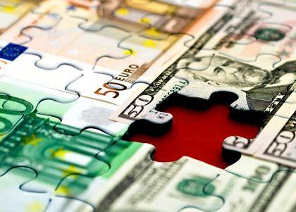 Finanzierungslücke: Diese und andere Löcher wollen die Regierungen mit ihren Finanzspritzen schließen