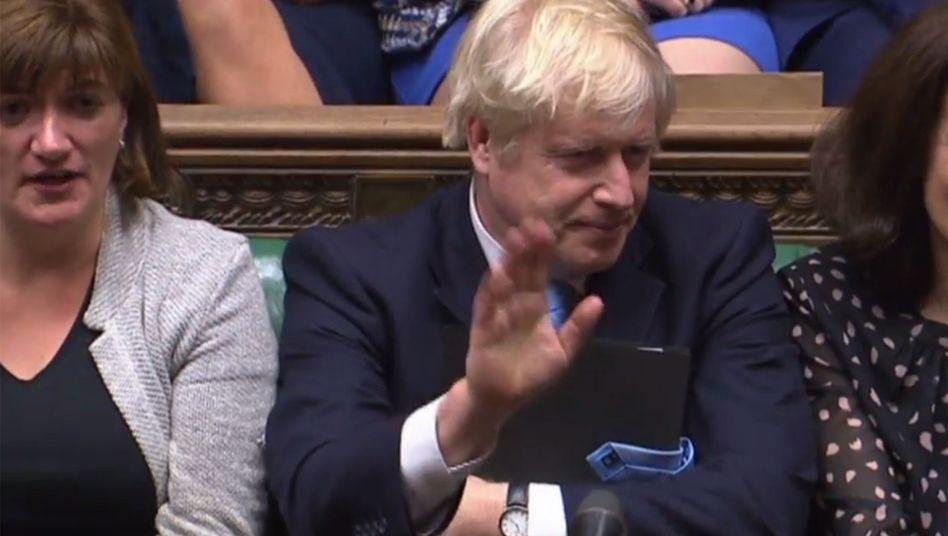 Das Parlament interessiert ihn nicht: Großbritanniens Premier Boris Johnson in der Nacht zu Dienstag