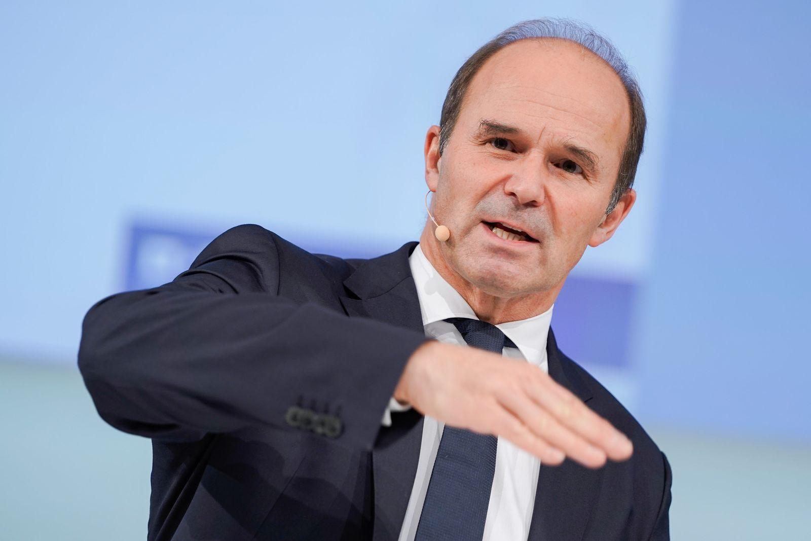 BASF-Papiere verlieren nach gesenkter Jahresprognose