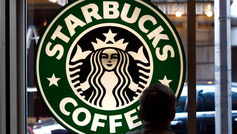 Runde Sache: Starbucks will die Mehrwertsteuersenkung in Deutschland erst mal einbehalten.