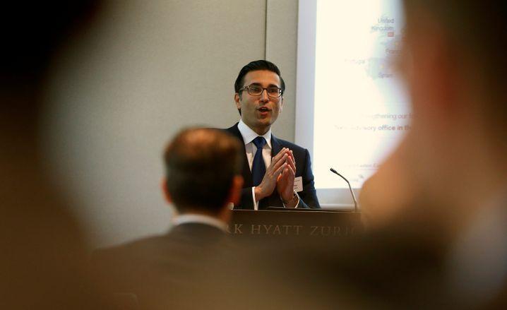 Iqbal Khan: Von der Crédit Suisse zur UBS