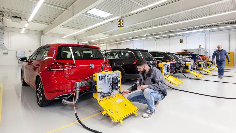 """""""Aufgeblasene"""" WLTP-Werte: Treiben Autobauer Abgasmesswerte künstlich in die Höhe, damit sie für die Zukunft geplante Abgasreduzierungen leichter erreichen können?"""