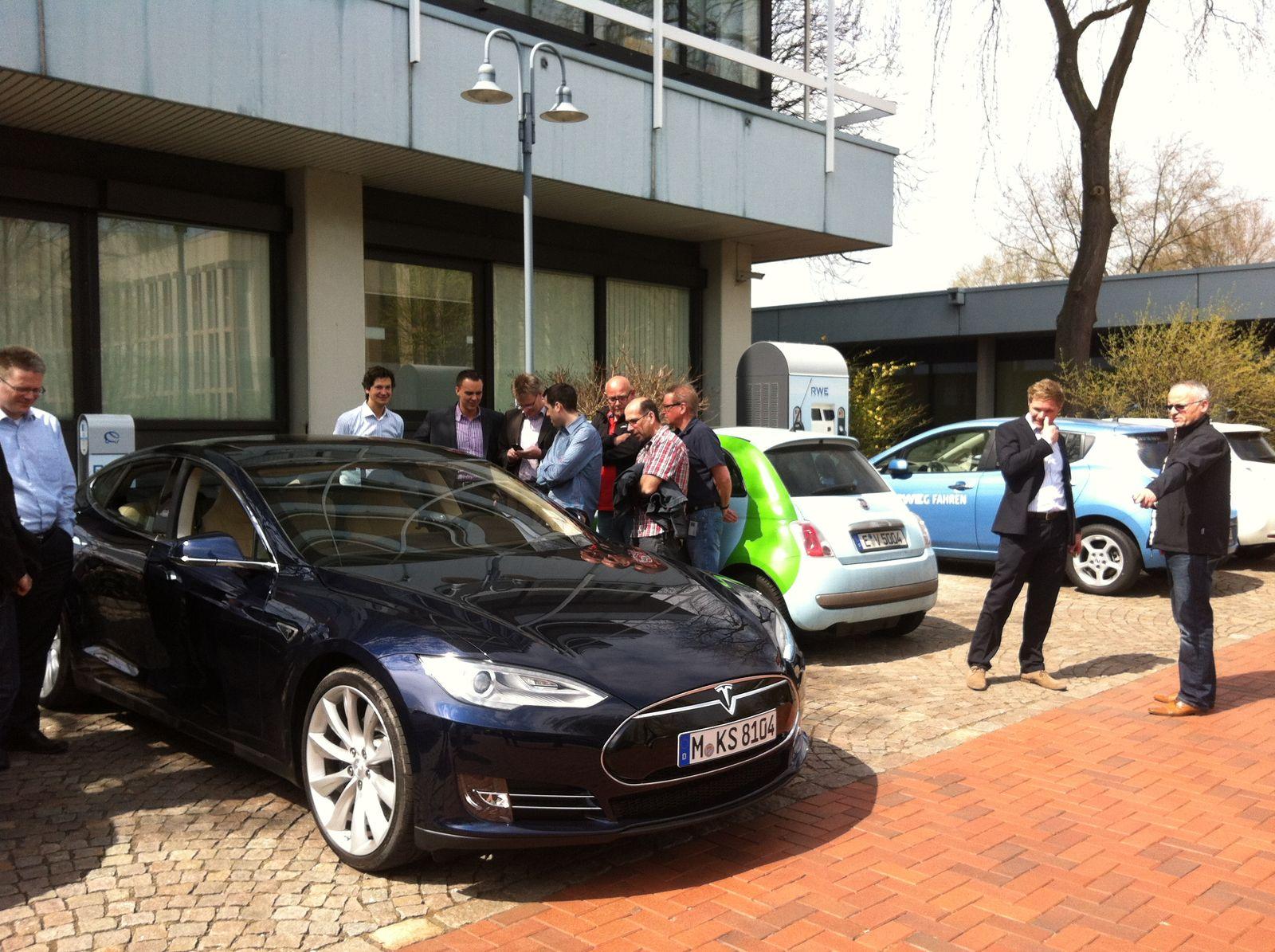 Tesla Model S / bei RWE