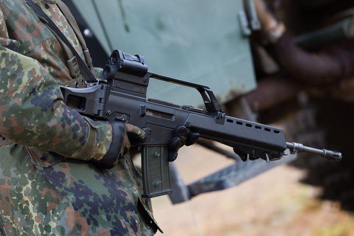 Anschlussverwendung im Zivilleben? Laut Bundeswehr funktioniert das Sturmgewehr G36 von Heckler & Koch nicht zuverlässig