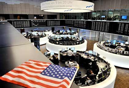 """""""Am Tropf der US-Börsen"""": Am Mittwoch war diese Abhängigkeit für Dax und Co. auch einmal vom Vorteil."""