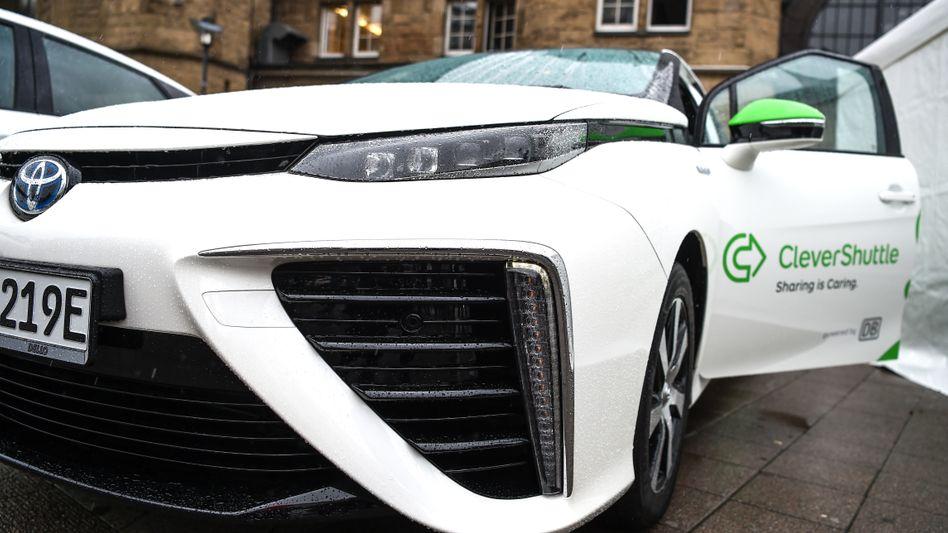 Wasserstoff-Auto von Clevershuttle: Der japanische Konzern Mitsui steigt mit 12 Prozent bei dem Fahrdienstleister ein