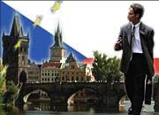 Karlsbrücke in Prag: Ohne Vorbereitung scheitern westliche Manager schnell an kulturellen Differenzen