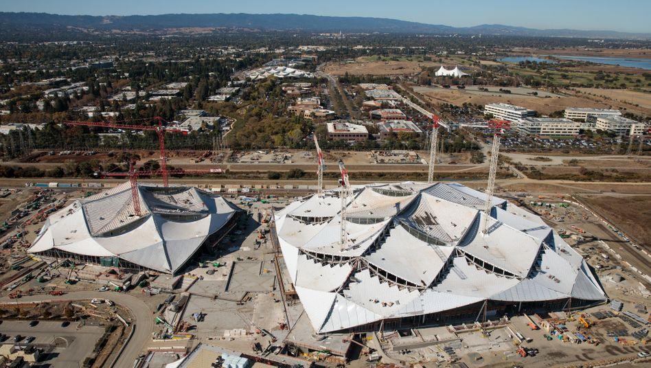 Überdimensionales Zirkuszelt: Die Baustelle des neuen Google Campus am Stammsitz in Mountain View