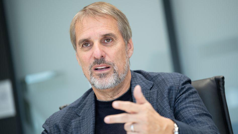Wilfried Porth: Der 62-jährige Personalvorstand geht bereits Ende 2021 in den Ruhestand. Sabine Kohleisen übernimmt