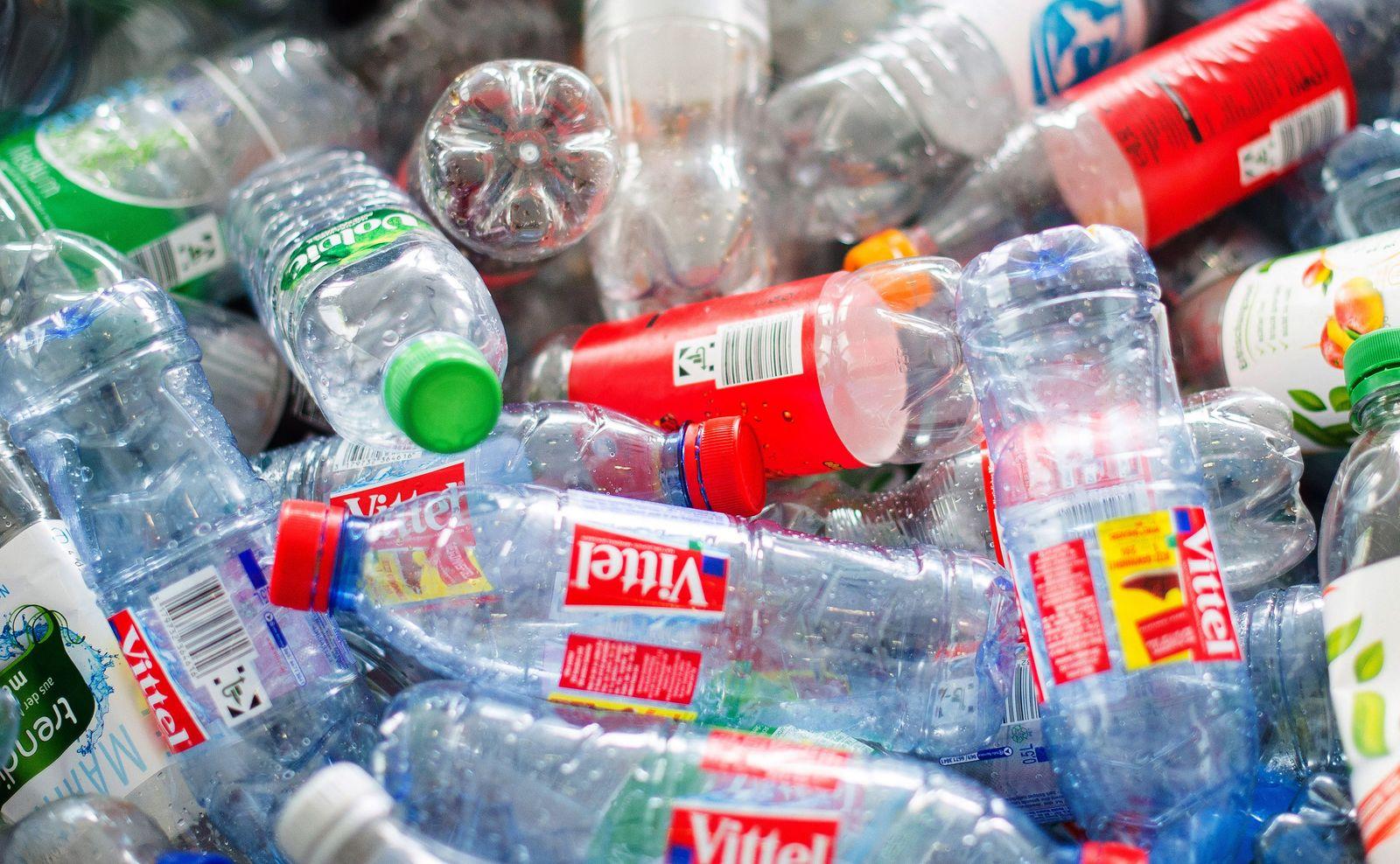 Plastikflaschen / Flaschenpfand / Pfand