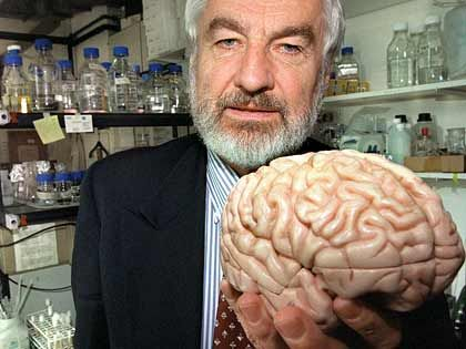 Gedanken-Wanderung: Zum Denken geht Hirnforscher Pöppel auf und ab - dies beseitigt geistigen Müll