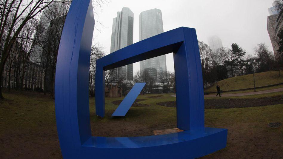 Deutsche Bank in Frankfurt am Main: Zinsgeschäfte kontrovers diskutiert