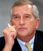 Bernhard Walter: Der einstige Osteuropa-Vorstand und spätere Chef der Dresdner Bank schickte Warnig 1991 nach Russland