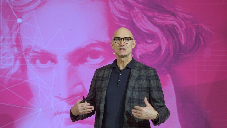 Kommt: Telekom-Chef Tim Höttges soll am 1. April in den Aufsichtsrat der Daimler AG gewählt werden