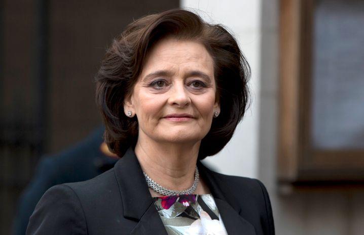 Cherie Blair (Bild Archiv): Die Frau des ehemaligen britischen Premiers Tony Blair soll im Verwaltungsrat jetzt offenbar ebenso wie Vertreter des französischen Staates auf eine Absetzung von Carlos Ghosn drängen. Formal ist er noch Vorstandschef des Autobauers